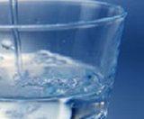 Beber suficiente agua, consejos últiles, agua embotellada