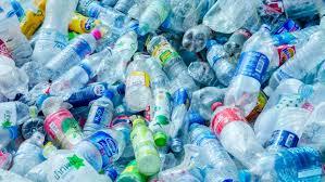 La gran epidemia de las botellas de plástico