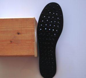 Nikken en España, Plantillas magnéticas MagSteps, Diferencias entre los productos magnéticos
