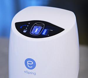 Filtro de agua eSpring asegura beber el agua más limpia