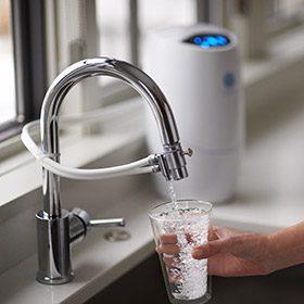 Beber agua en verano.